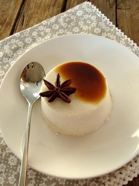 Panna cotta all'anice stellato